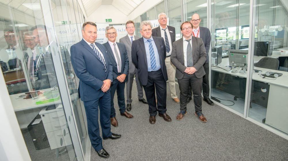 Global manufacturer welcomes MP to discuss growth ambitions